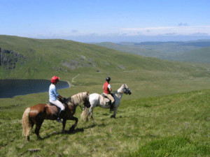 horse-riding-holidays-reser